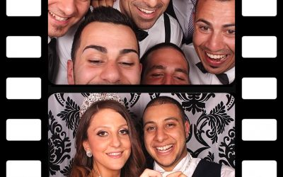 Photo Booth Fun – Wedding Photo Booth