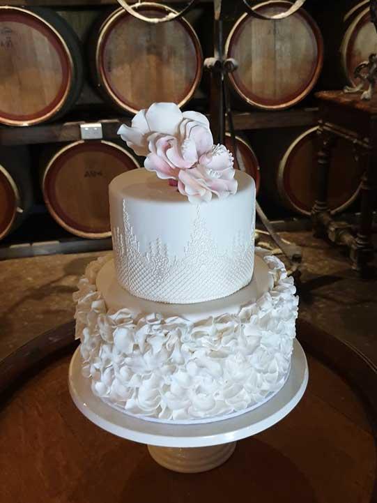 Tam-Bakes-Cakes-2